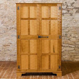 Alan Acornman Grainger (Ex-Mouseman) Arts & Crafts Yorkshire School Oak wardrobe