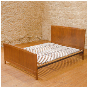Brynmawr Furniture Company Arts & Crafts 'Gwynedd' Walnut King Size Bed 1939