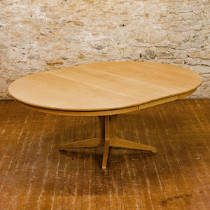 Edward Barnsley Arts & Crafts Cotswold School English Oak Extending Dining Table