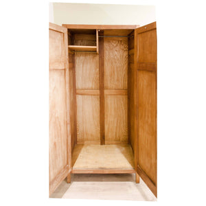 Heal and Co (Ambrose Heal) Heal and Co Arts and Crafts Antique Oak Wardrobe C. 1930 c. 1930