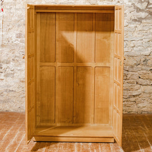 Keith Moorey (ex-Mouseman & ex-Barnsley) Cotswold School English Oak Wardrobe