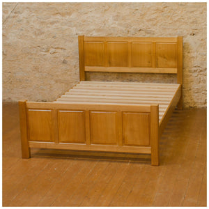 Phil Langstaff Arts & Crafts Yorkshire School Chestnut Double Bed 1988