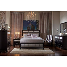 Load image into Gallery viewer, Queen Bedroom Group 200891cst