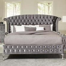 Load image into Gallery viewer, Deanna Upholstered Queen Bed with Nailhead Trim and Button Tufting