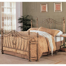 Load image into Gallery viewer, Sydney Queen Iron Bed