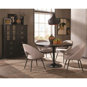 Mayberry Casual Dining Room Group