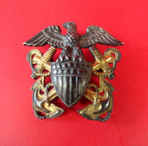 US NAVAL OFFICER OVERSEAS CAP BADGE
