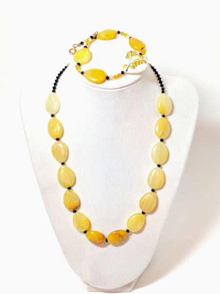 Yellow Jade and Swarovski Crystal beaded necklace and bracelet set
