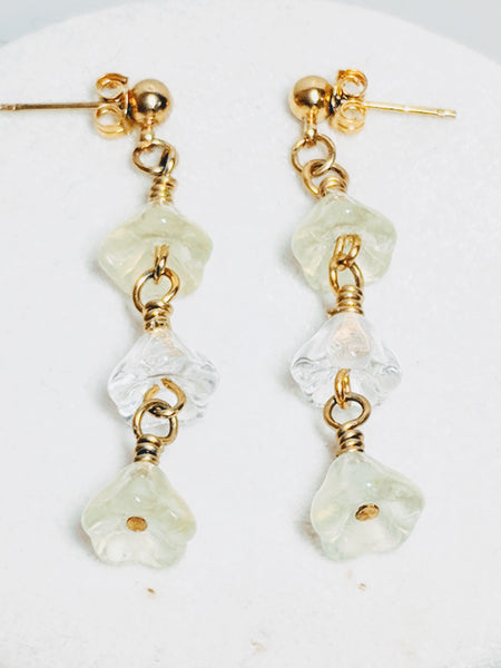 White and Yellow Glass Flower necklace and earrings