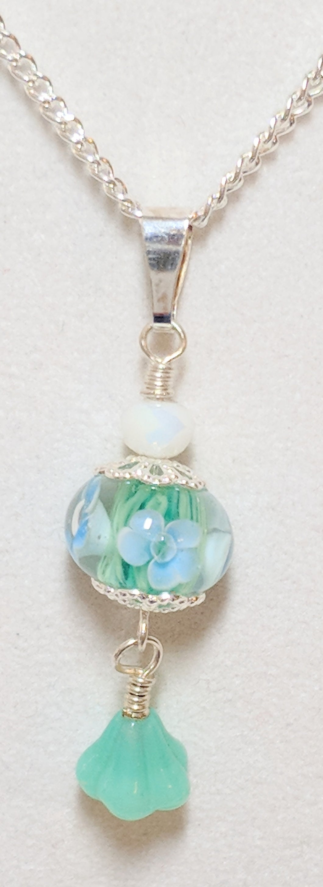 Blue Lamp-worked Glass Flower bead pendant necklace