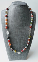 Load image into Gallery viewer, Red and Green Agate Holiday Beaded Necklace