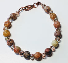Load image into Gallery viewer, Soapstone and Czech glass beaded bracelet