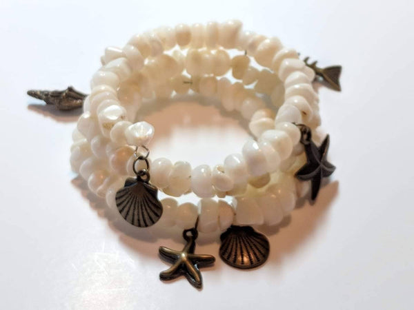 Mother of Pearl memory wire charm bracelet