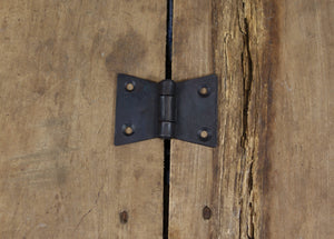 Flat Black Iron Flared Butterfly Hinge
