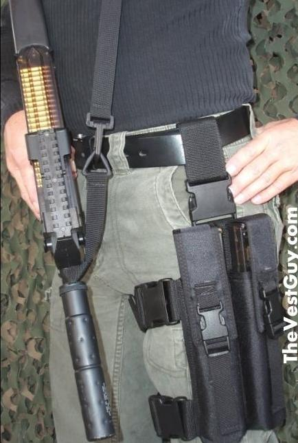 P90 tactical double mag pouch