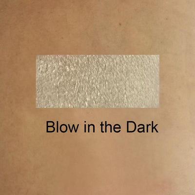 Blow in The Dark - Duo Chrome Eye Shadow