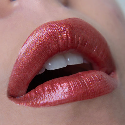 Marilyn Mon Amie - Blood Orange Red Metallic Liquid Lipstick