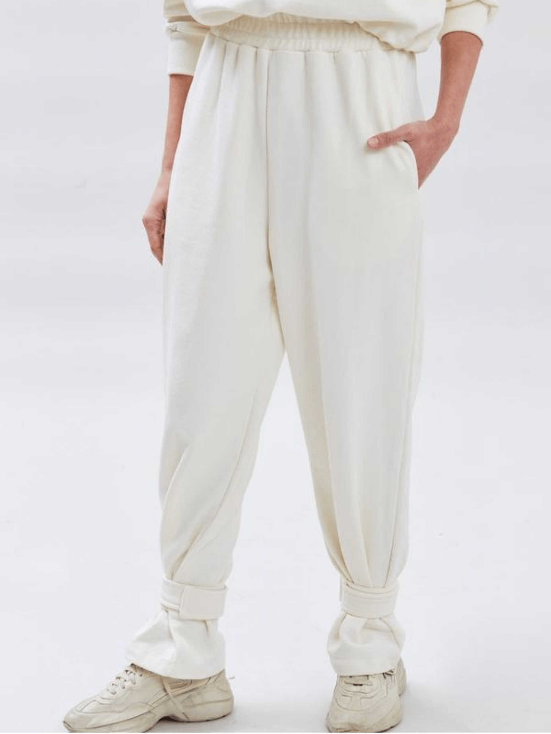 Tab Cuff Sweatpants / Cream Womens Frankie Shop