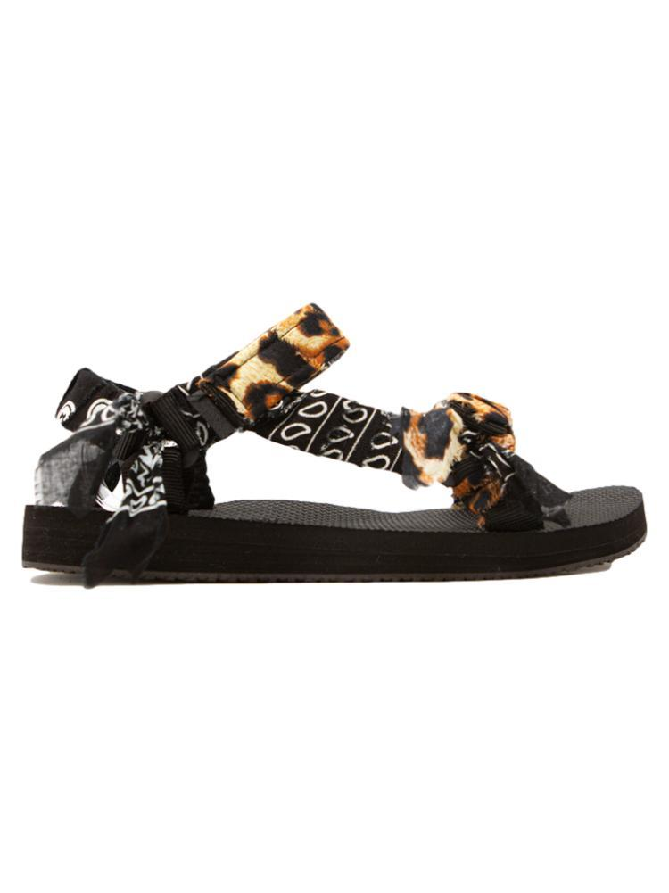 Trekky Sandals / Leopard Print/Black Womens Arizona Love