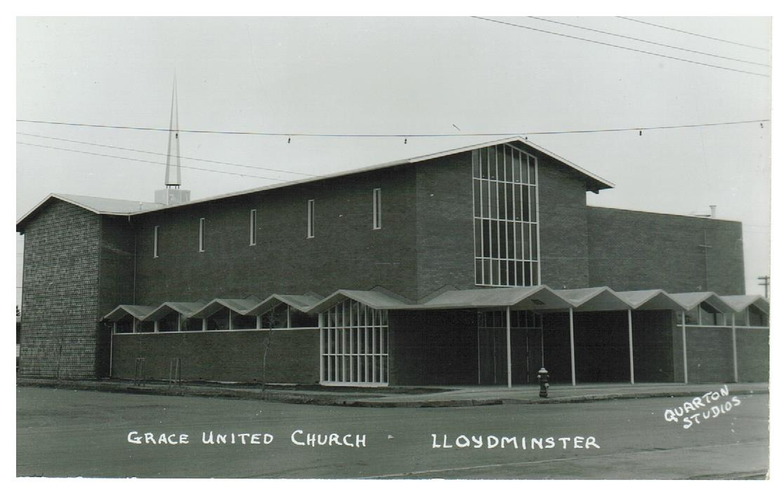 SK, LLOYDMINSTER. GRACE UNITED CHURCH. RPPC POSTCARD. CANADA