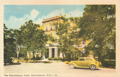 Prince Edward Island. Charlottetown Hotel With 1940's Automobile Out Front. Canada Postcard