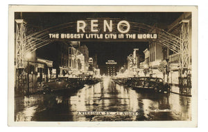 NIGHT SCENE. RENO, NV.  VIRGINIA STREET SCENE. RPPC POSTCARD. UNITED STATES.