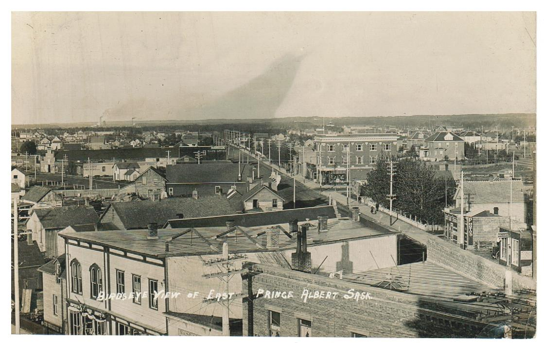 SK. PRINCE ALBERT. RPPC. POSTCARD. 1910'S. BIRDSEYE VIEW LOOKING EAST. CANADA.