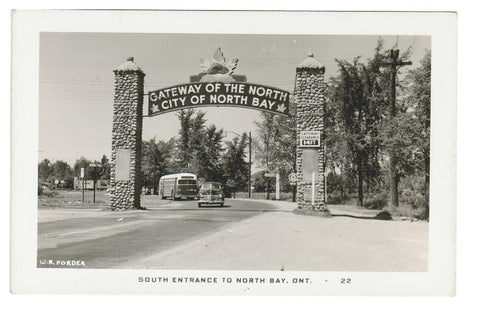 BUS AUTO  NORTH BAY ONTARIO  RPPC VINTAGE POSTCARD