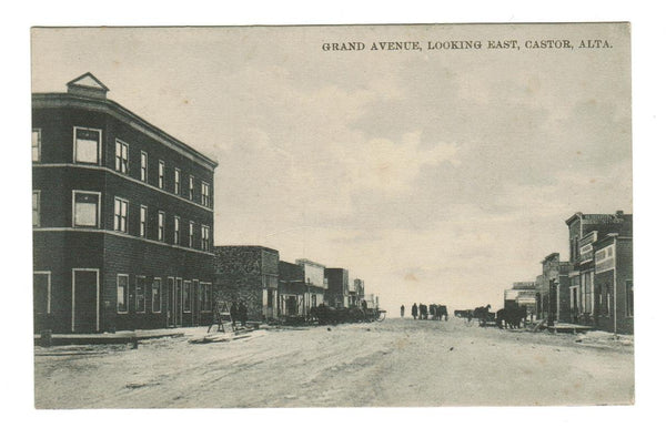 CASTOR, ALBERTA.  GRAND AVENUE LOOKING EAST. RPPC POSTCARD. CANADA