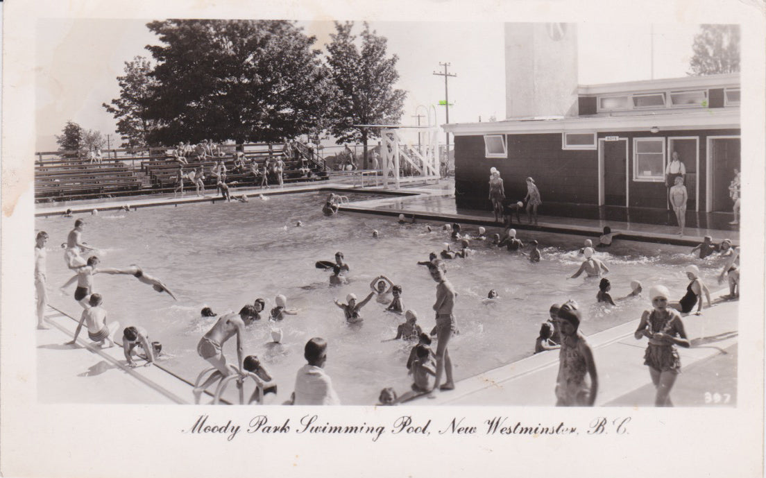 BC. New Westminster. RPPC. Postcard. Moody Park Swimming Pool. British Columbia. Canada