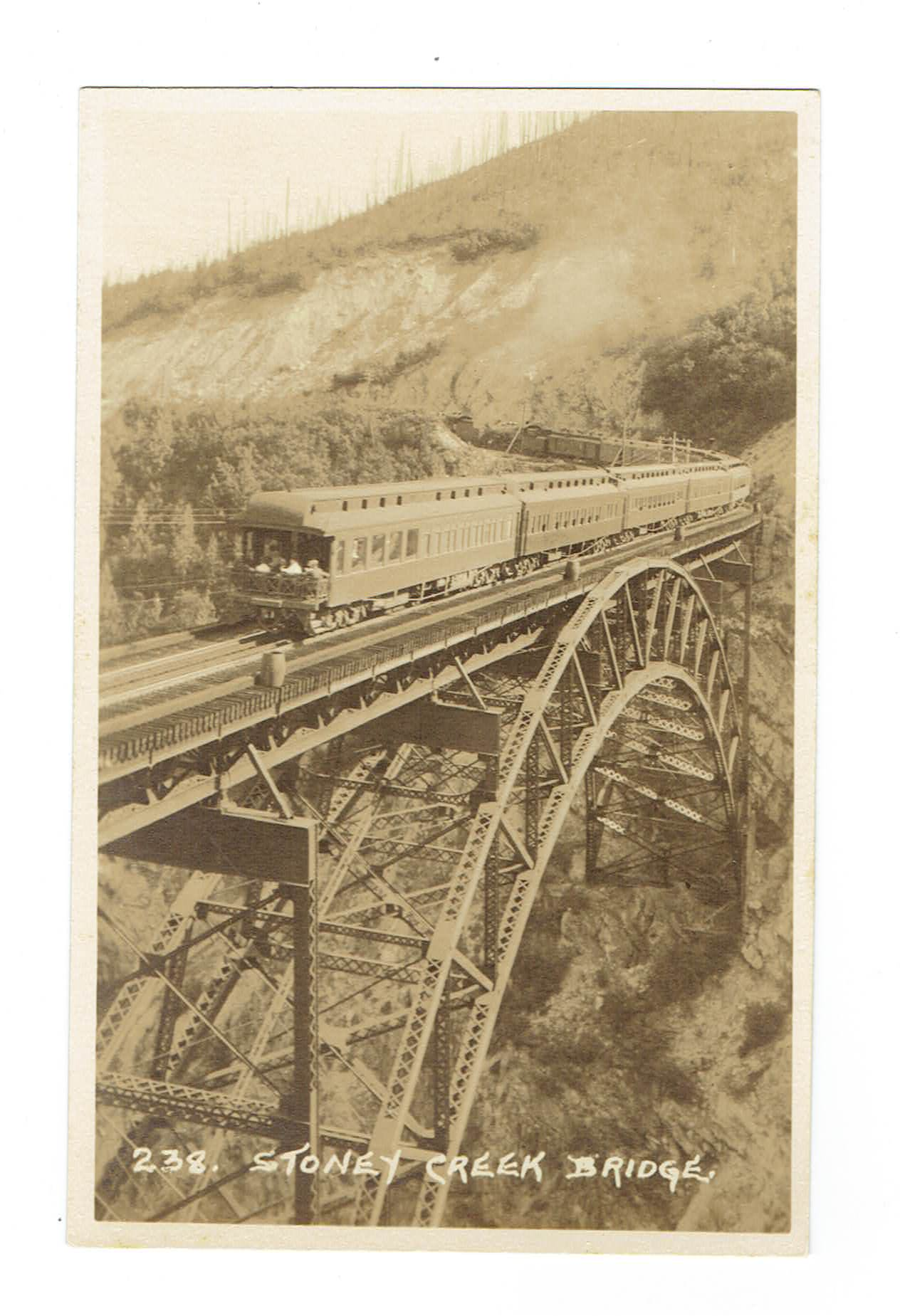 B.C., REVELSTOKE. STONEY CREEK BRIDGE. RPPC POSTCARD. CANADIAN PACIFIC RAILWAY.