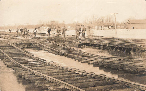 Railway Crew Laying Track. RPPC Postcard. USA
