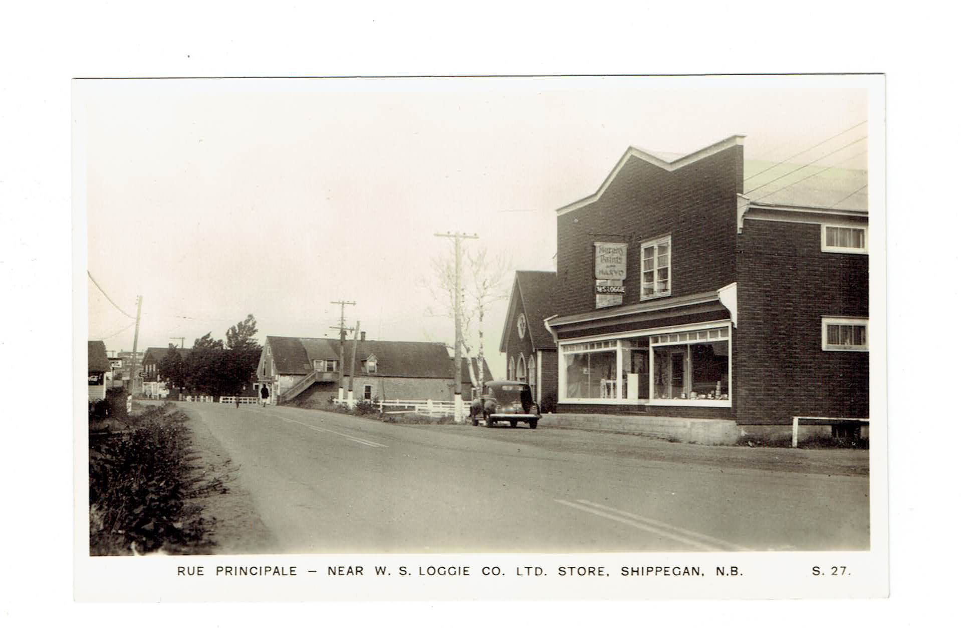 Canada Shippegan, NB. 1940's Street Scene Showing Houses And Storefront. RPPC Postcard. Canada