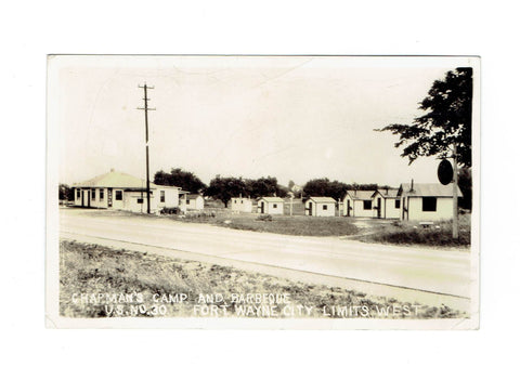 Fort Wayne, IN. RPPC Postcard. Chapman's Camp And Barbeque. Road Side I-30. 1950's. USA