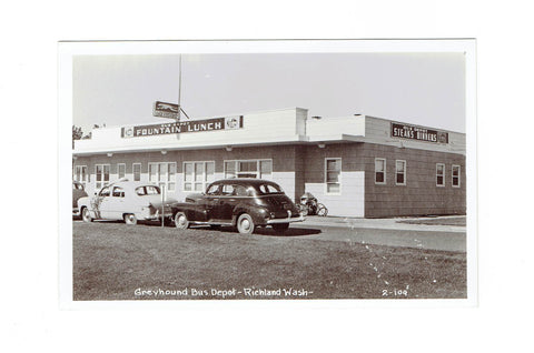 Richland, WA. Postcard. Greyhound Bus Depot. Canada