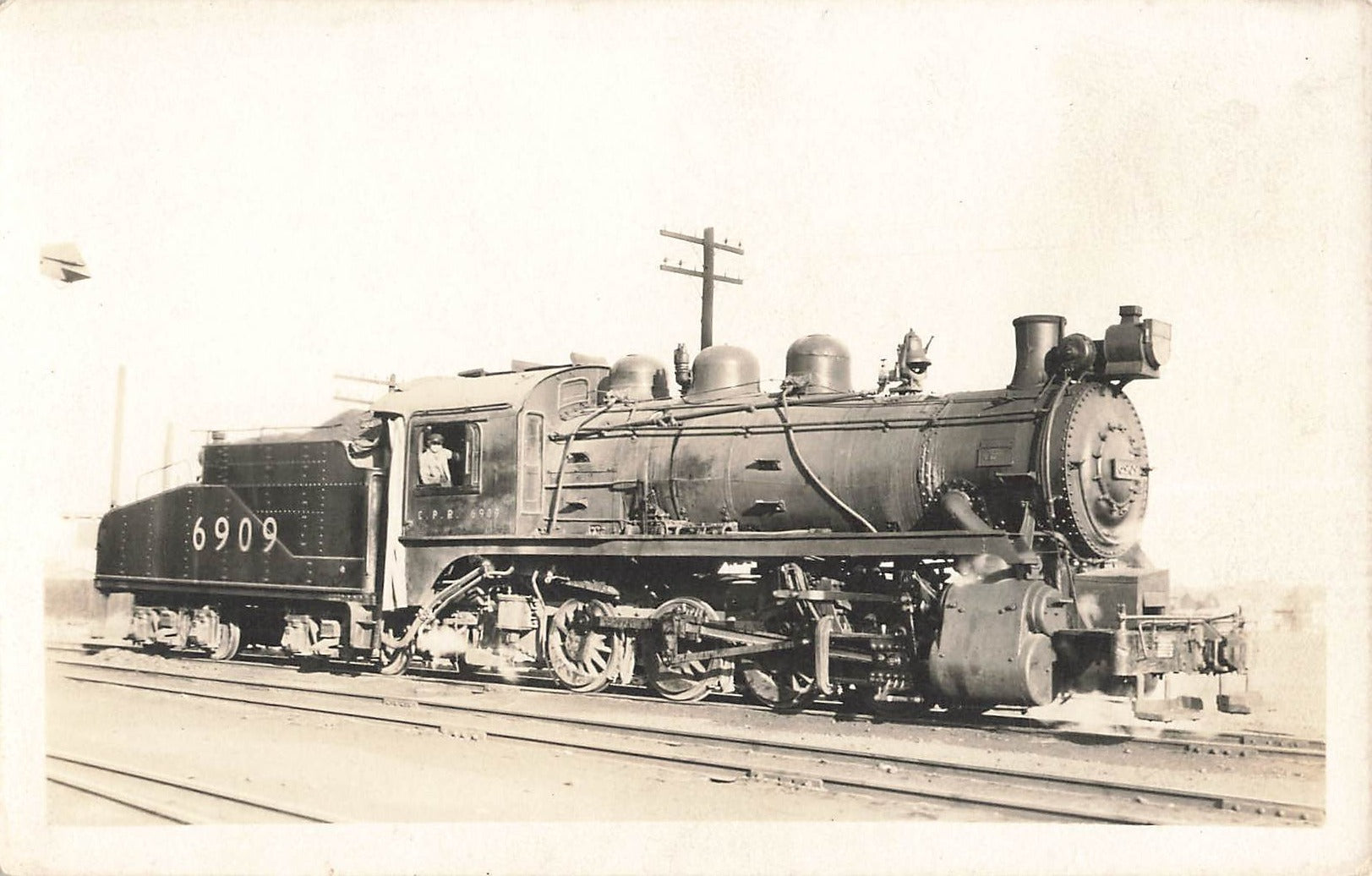 Canadian Pacific Railway Locomotive Engine 6909. RPPC Postcard