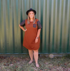 Iya T-shirt dress in rust