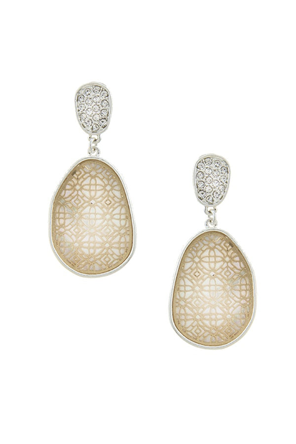 Irregular oval laser cut filigree earrings - Local Tres