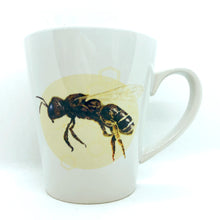 artbrush mug 'Honey Bee'