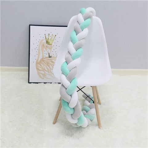 products/green_white_grey_knotted_crib_bumper.jpg