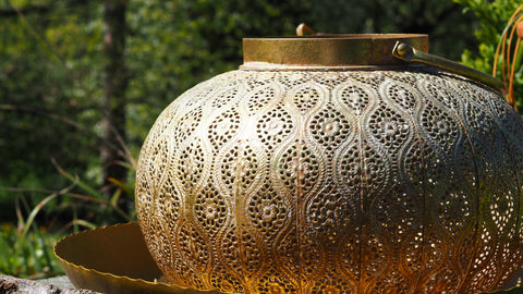 A cremation urn style