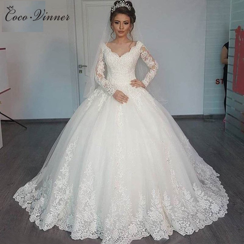 Wedding Dresses 2018 Puffy Ball Gown Lace Beaded Applique White Long ...