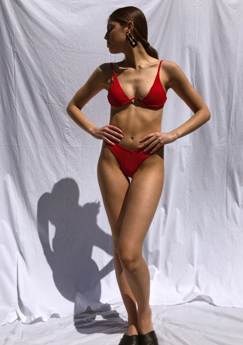 BALI RED - Atenea collection