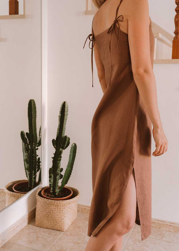 THE PUGLIA DRESS in Longi Brown