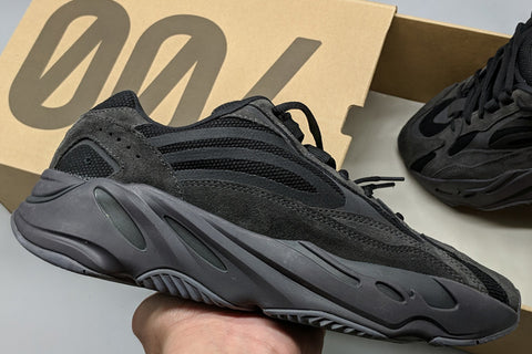 fake Yeezy Boost 700 Vanta V2