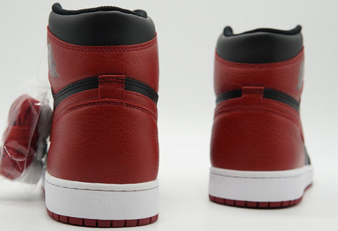 Air Jordan 1 bred replica
