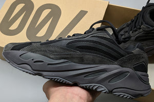 Pk God Yeezy Boost 700 Vanta V2 - FashionsRep