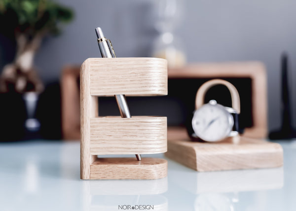 Swiss | Luxury Pen Pot Oak