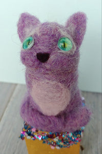Kitty Cat Cube in Purple
