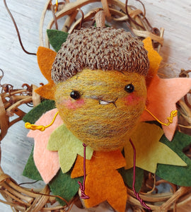 Acorn Wreath Buddy